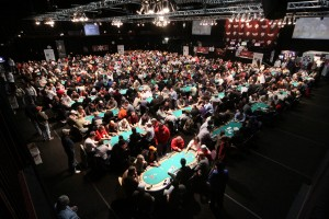 World Series of Poker, WSOP 2014, Main Event, coin flip satellites