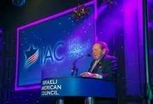 Sheldon Adelson Hints at Backing Fellow Billionaire Donald Trump for President