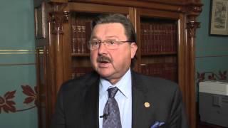 Michigan State Senator Mike Kowall to regulate online poker.