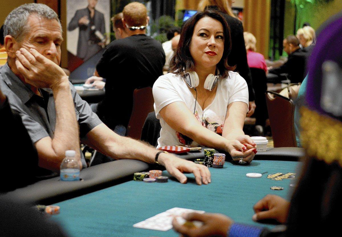 Jennifer Tilly poker.
