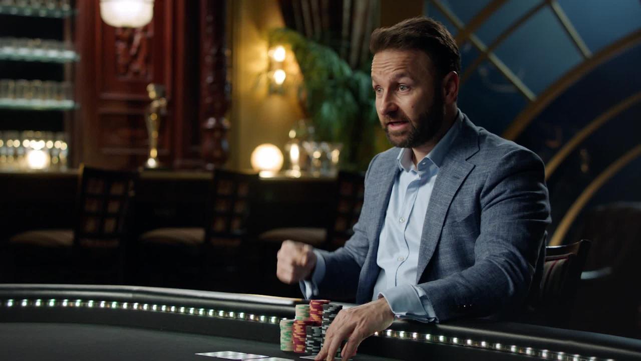Daniel Negreanu poker pro
