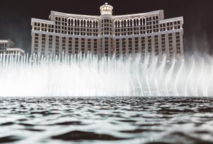 Gunman Dies After Stealing Pots from Bellagio Poker Room