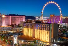 Critics Predict Dark Days as Las Vegas Lights Up After Coronavirus Lockdown