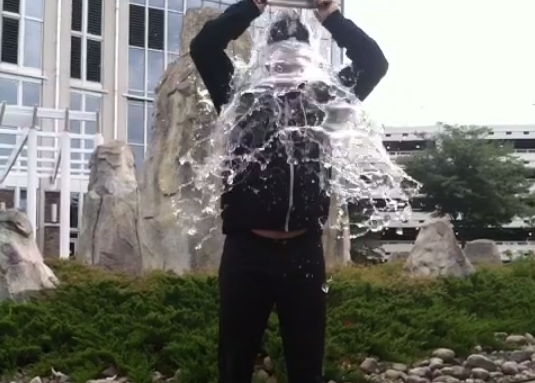 Phil Hellmuth ice bucket challenge